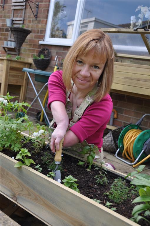 Niki Preston is the Two fingered gardener